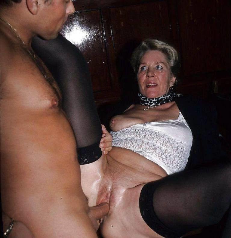 Mom nude old oMoms