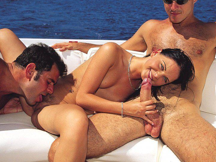 Babalou outdoor trio on boat.