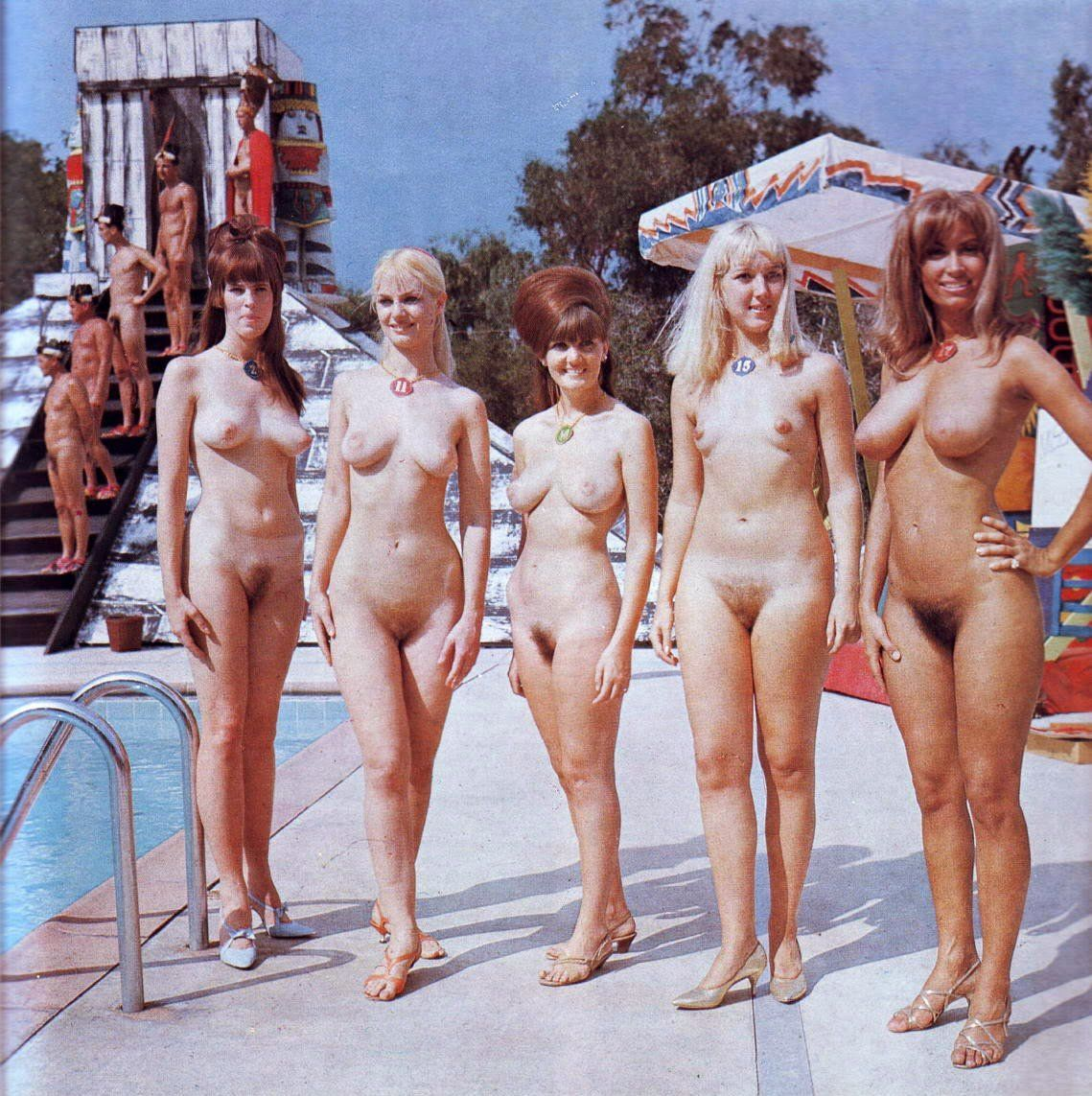 Naked beauty girls