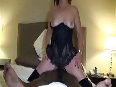 Squirting interracial amateurs