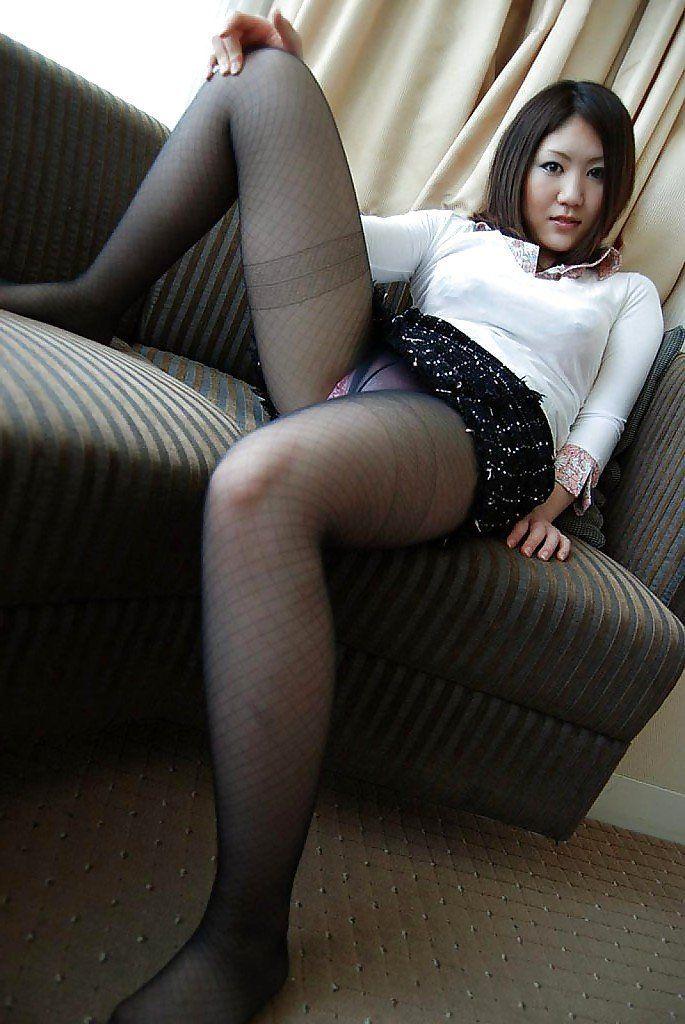 Tight asian pantyhose ass